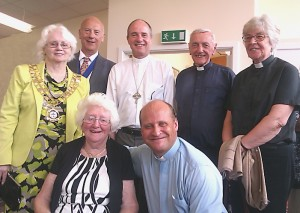 Margaret Williams and Canon Simon Stevenette, with L to R: The Mayor of Swindon, Councillor Mrs. Teresa Page, Mr. Page, Bishop Lee, Canon Owen Barraclough, and The Revd. Janet House